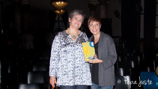 Mercedes Carbonell con su amiga Eva María Hernández Villegas (Eva Hache)