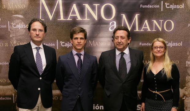 José Enrique Moreno, Julián López (El Juli), Alfonso Ussía y Pilar Lacasta