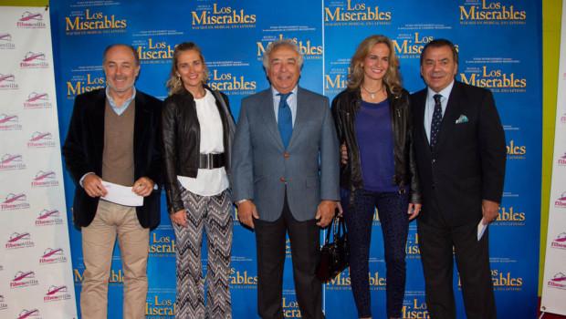 El cantante José Manuel Soto con su mujer Pilar Parejo,  Antonio Romero Monge, Blanca Parejo del grupo Las Seventies  y Rafael Ruiz Perdigones