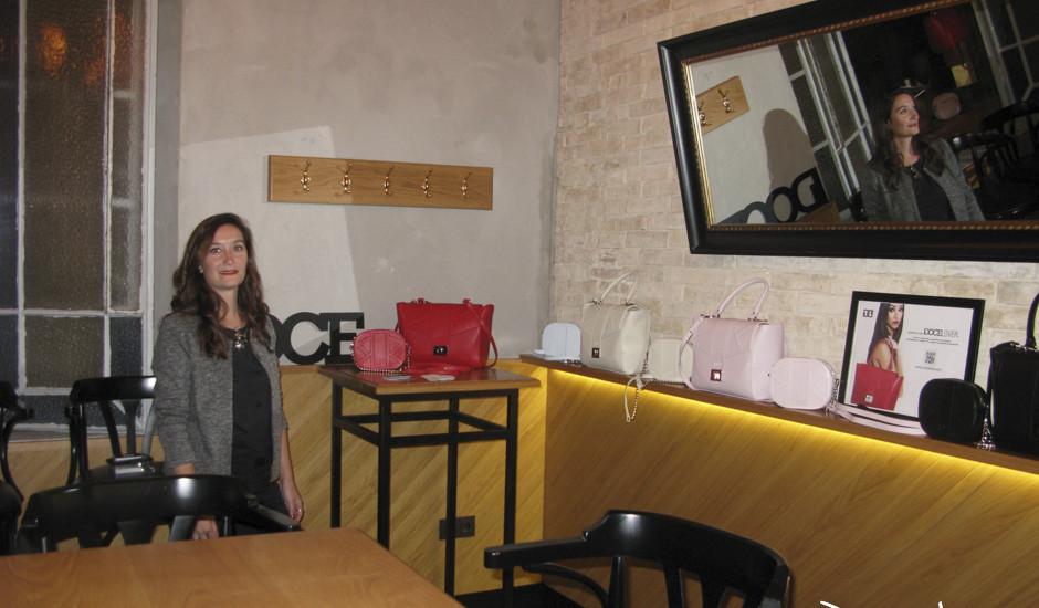 Estefania Leiva, diseñadora de los bolsos