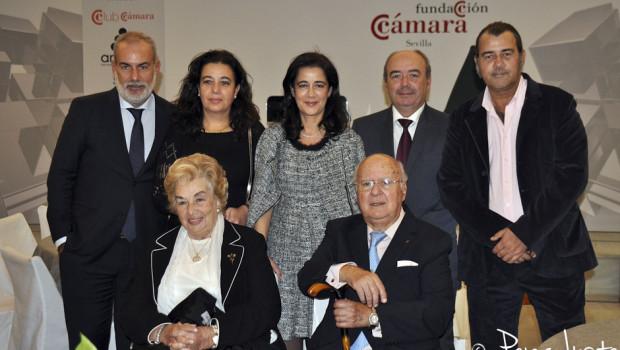 Nicolás Salas con Antonia Pareja y sus hijos , Miguel, María, Carmen, Francisco y Nico