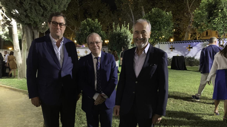 Ignacio Candau, Alberto Máximo Pérez Calero y Joaquín Galache, responsable de Conciertos del Banco de Alimentos.